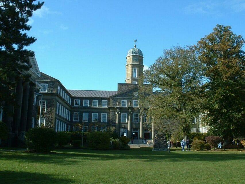 Dalhousie University Scholarships